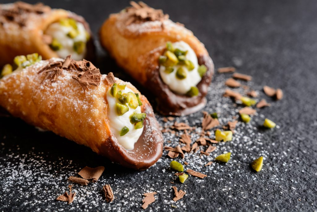Cannolo siciliano con pistacchio