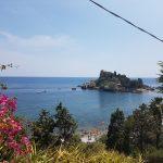 Isola Bella dalle scale verso la spiaggia