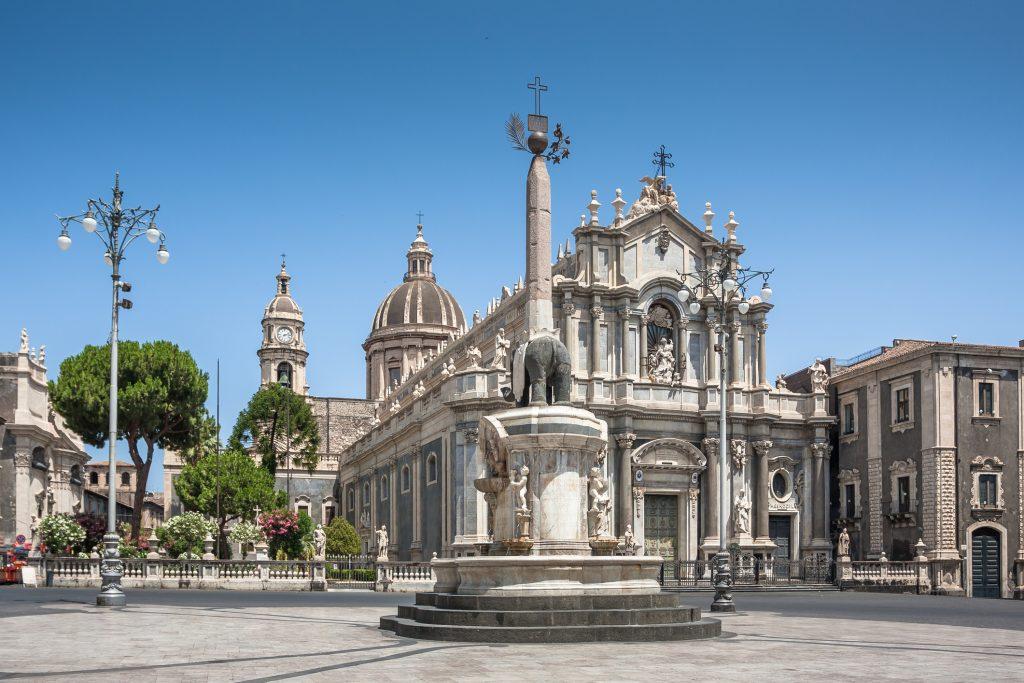 Piazza del Duomo en de olifant fontein