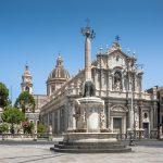 Piazza del Duomo e fontana dell'Elefante Catania
