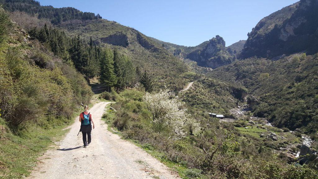 Start wandeling naar de waterval Catafurco