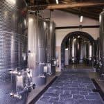 Wijnkelder inox vaten Etna wijn