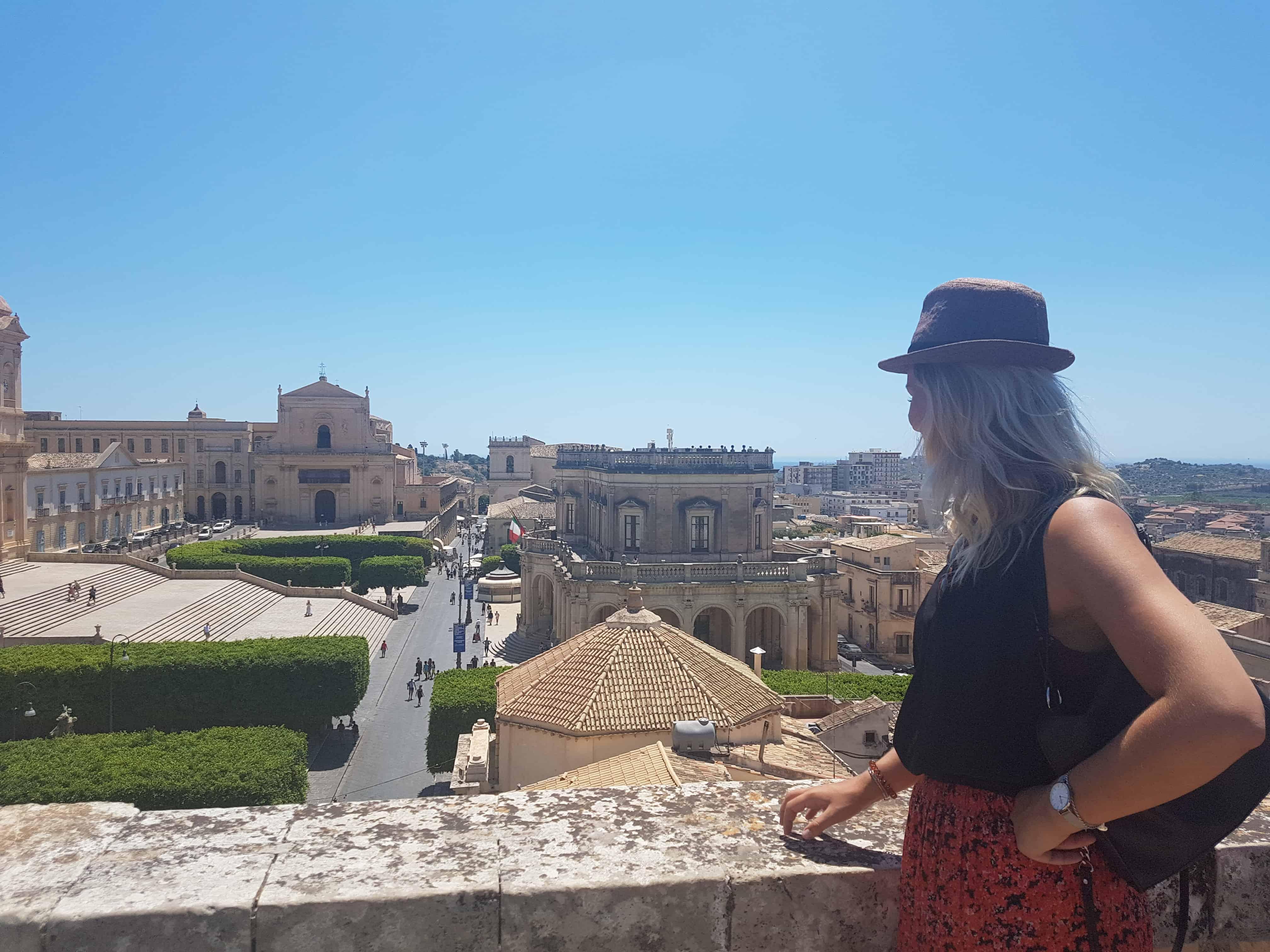 Uitzicht over Noto