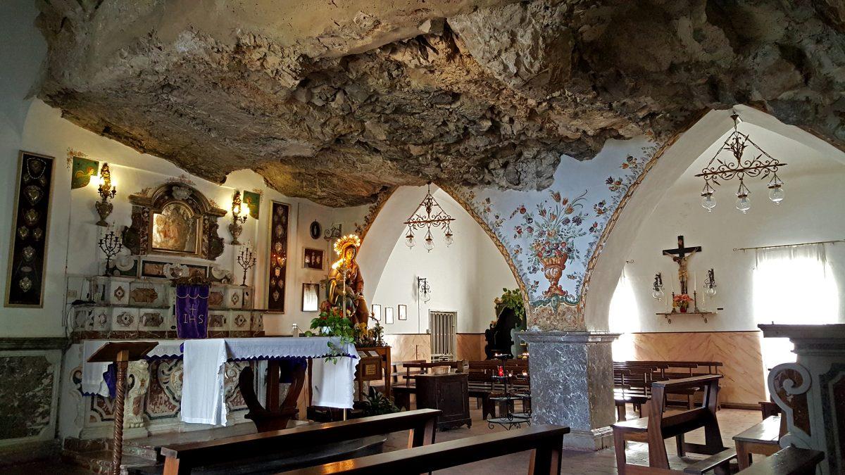 madonna della rocca chiesa castelmola