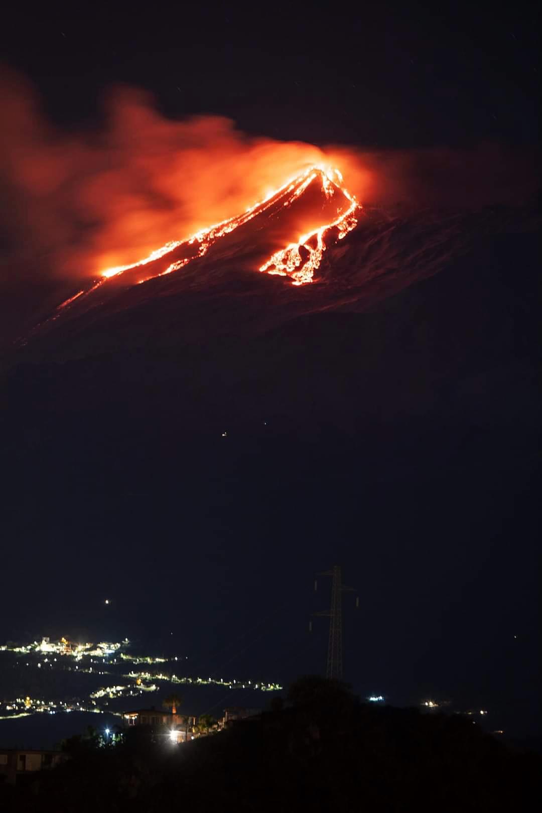 Eruzione Etna 18 gennaio 2021 da Toarmina