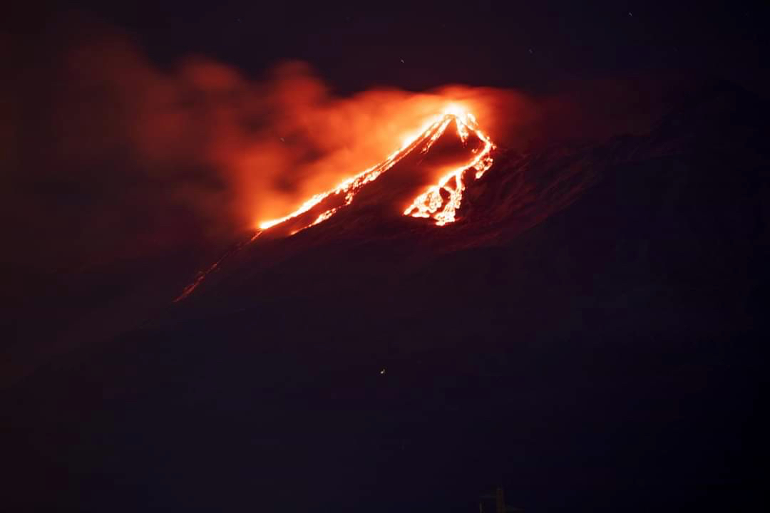 Eruzione 18-01-2021 vulcano Etna da Taormina
