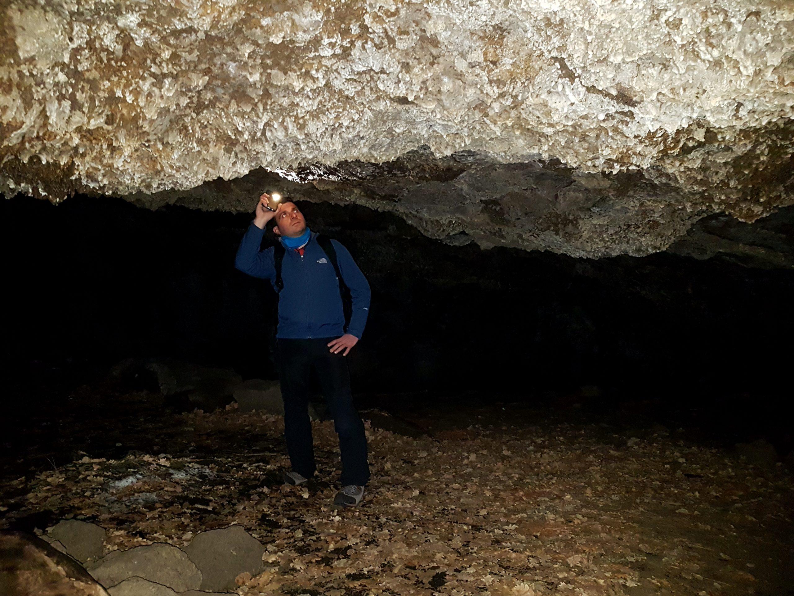 grotta della neve ladroni